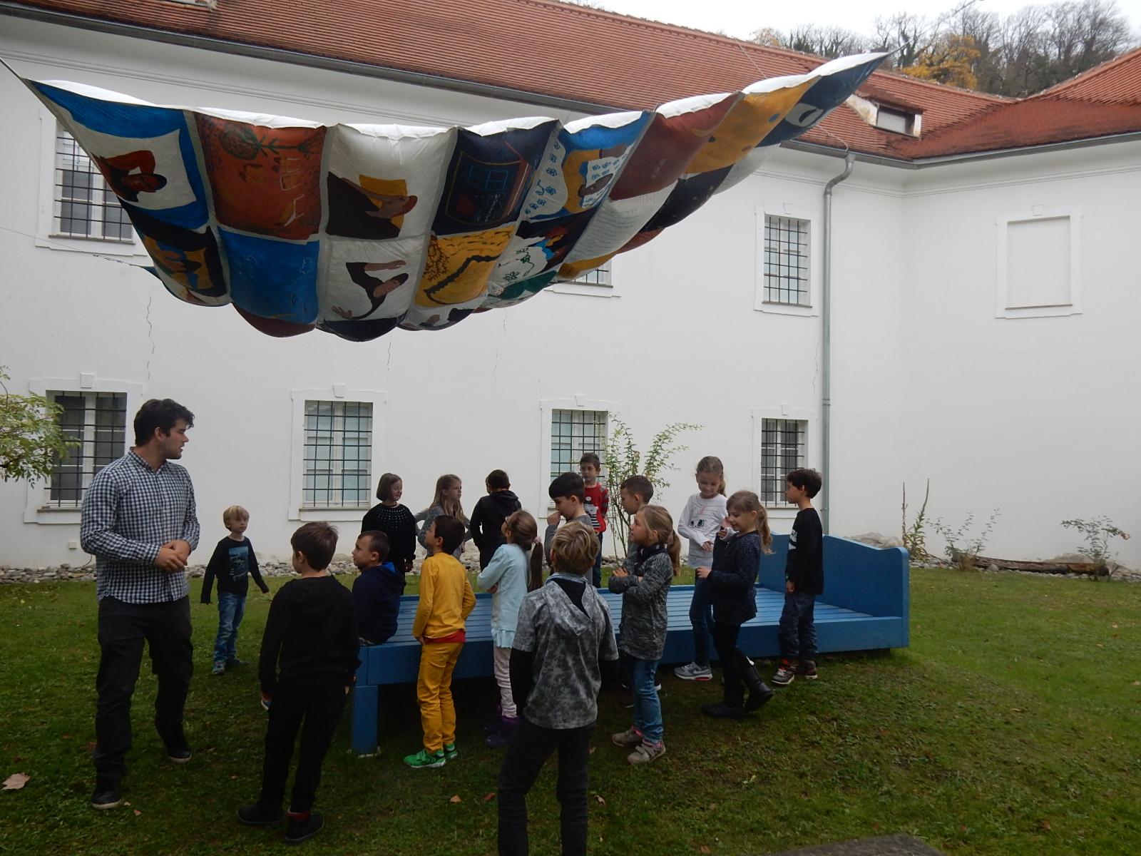 2b Volkskundemuseum Im Bett Volksschule Puntigam